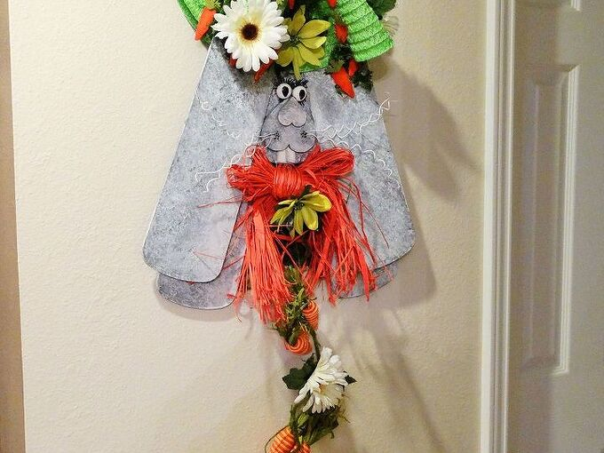 up cycled ceiling fan blades, crafts, repurposing upcycling, seasonal holiday decor, wall decor