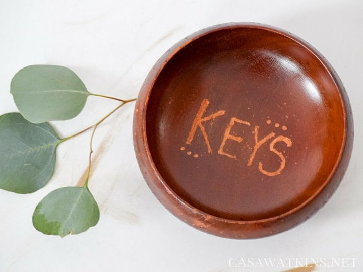 diy tribal key bowl from thrifted bowl, crafts