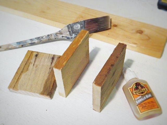 pallet wood wall mount silverware holder, diy, kitchen design, organizing, pallet, storage ideas, wall decor, woodworking projects