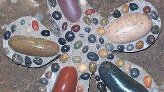 q painting rocks, crafts, gardening