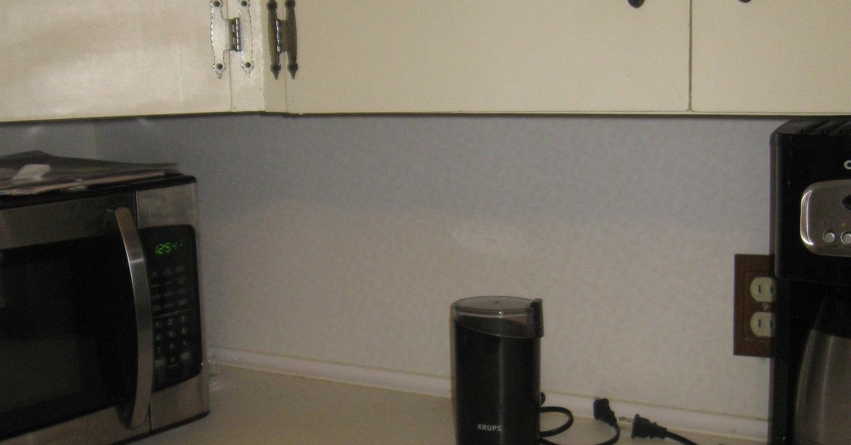 I Want To Cover Up Or Paint My Old Formica Counter Tops In