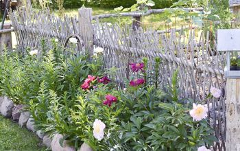 How to Build a Beautiful, Unique, and Mostly FREE Garden Fence