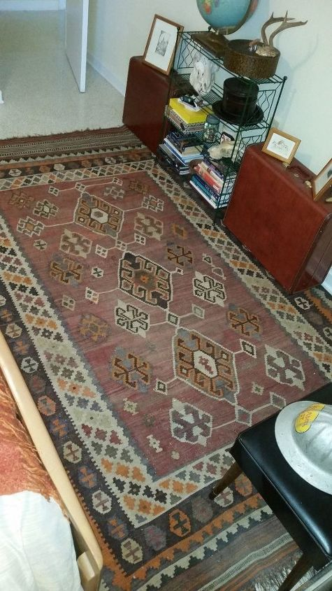 q old rugs not the ones on old heads, furniture id, reupholster