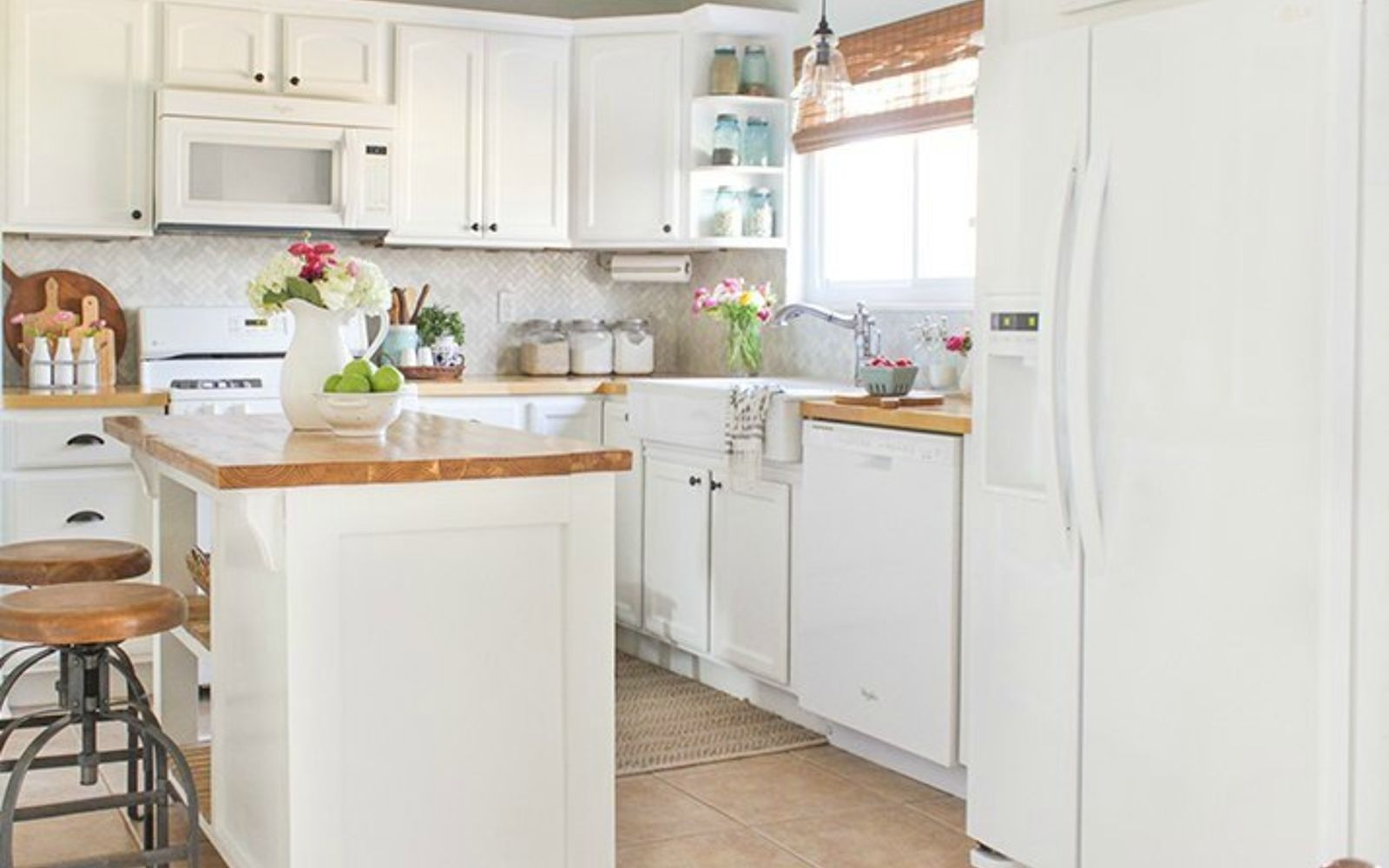 transform your kitchen cabinets 14 easiest ways to totally transform your kitchen cabinets 27293