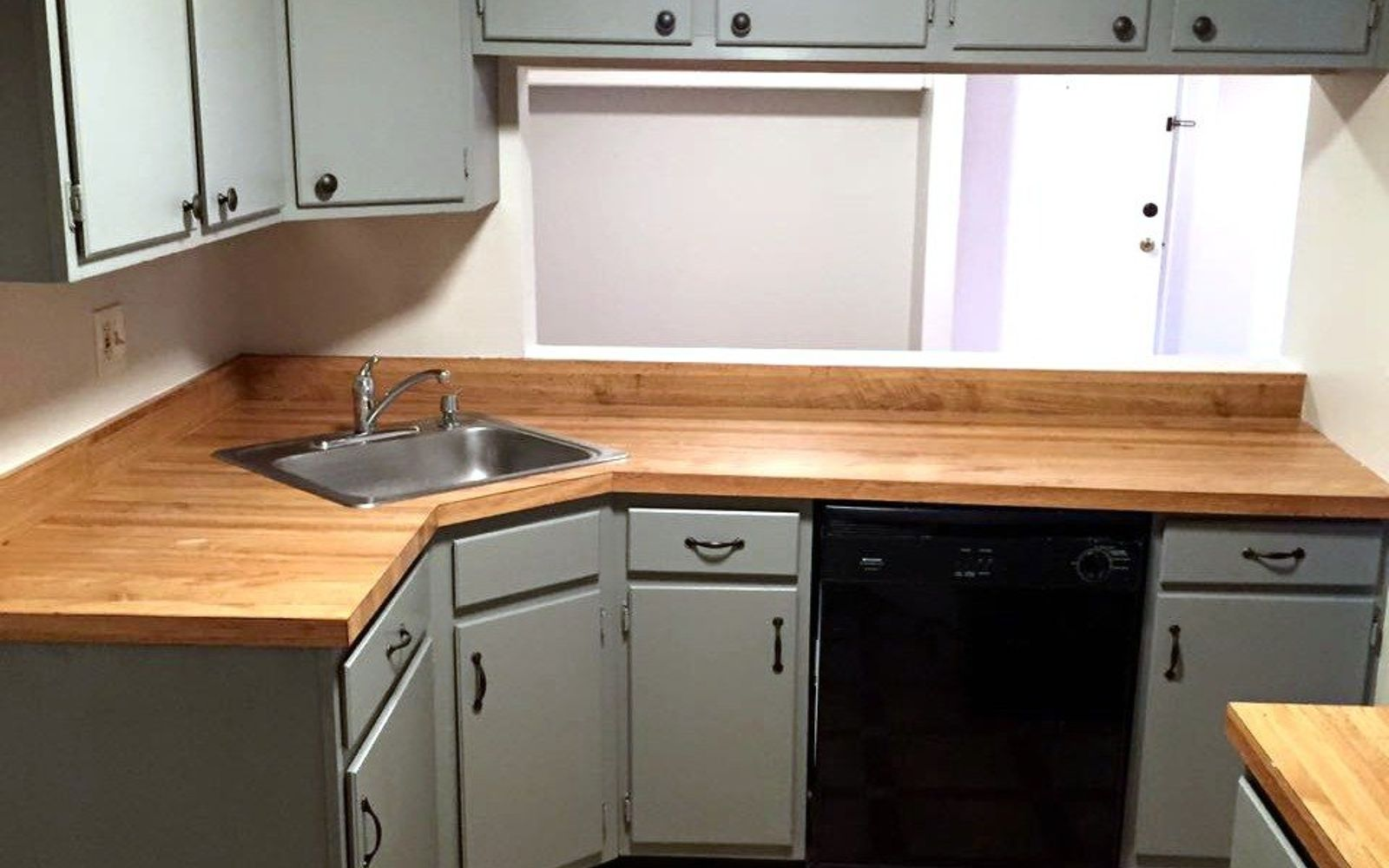 transform old kitchen cabinets 15 easiest ways to totally transform your kitchen cabinets 27292