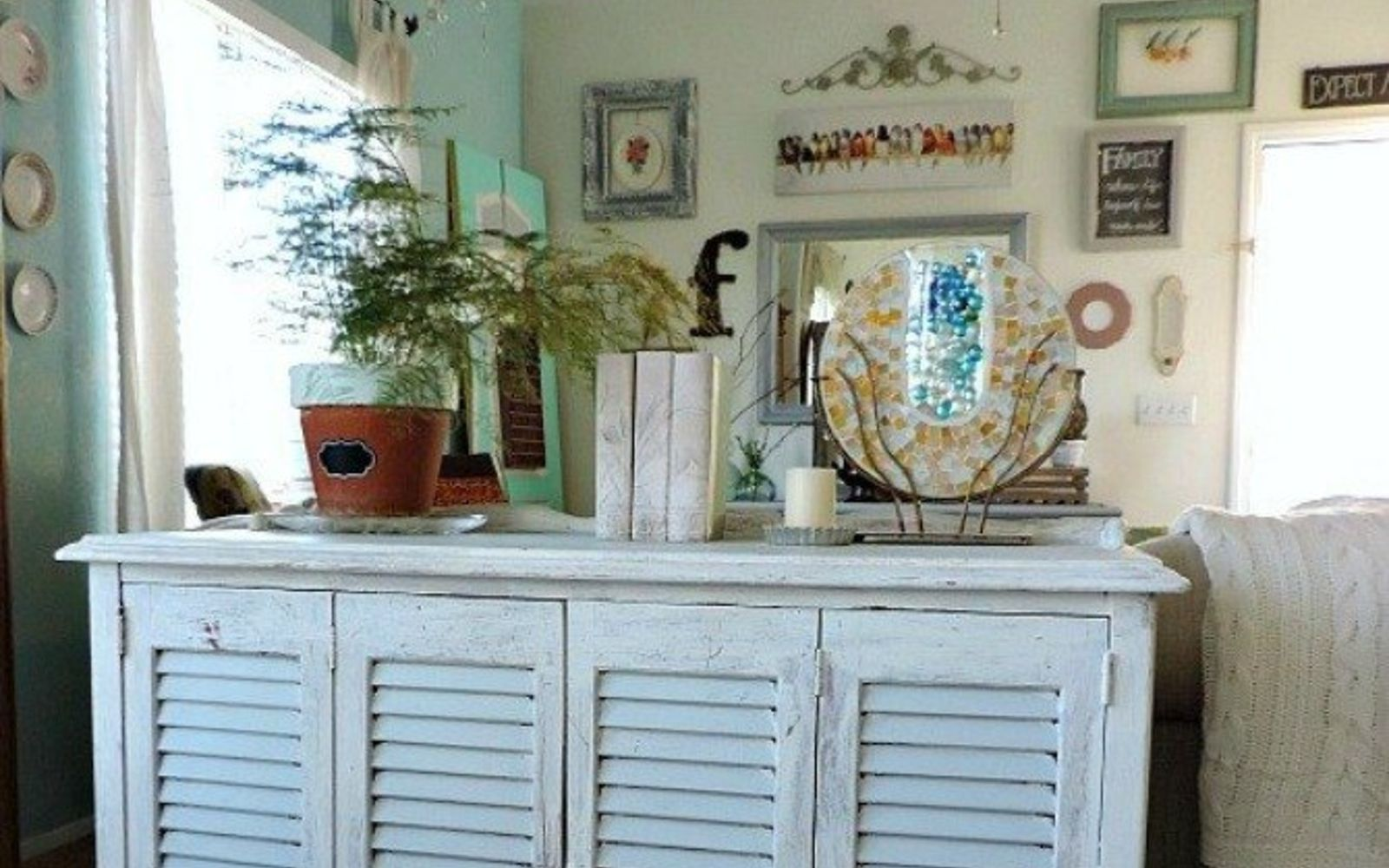 s 20 ways to get a fixer upper makeover without being on the show, home decor, painted furniture, rustic furniture, Mix and match thrift store pieces