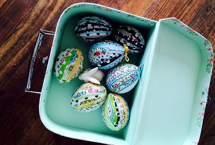 no sew patchwork fabric easter eggs, crafts, easter decorations, seasonal holiday decor