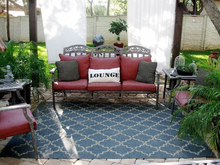 13 Expensive Looking Outdoor Rug Ideas That Cost Less Than