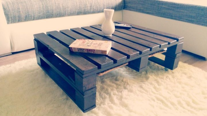 pallet coffee table video diy how to painted furniture pallet woodworking - Pallet Coffee Table