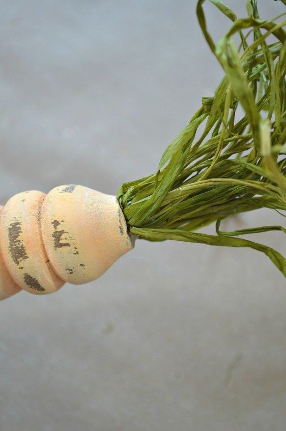 upcycled spindle carrots for easter, crafts, easter decorations, repurposing upcycling, seasonal holiday decor