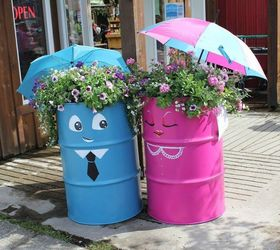 Dress Up An Adorable Pair Of Planters