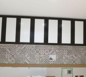 The Ultimate Guide To Installing A Porcelain Tile Backsplash, Diy, How To,  Kitchen