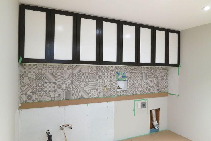 The Ultimate Guide To Installing A Porcelain Tile Backsplash Hometalk