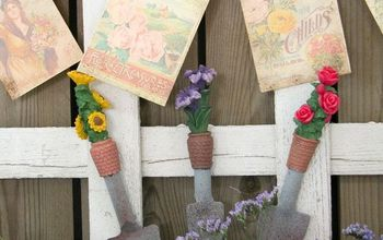 Curbside Picket Fence Becomes Repurposed Garden Decor