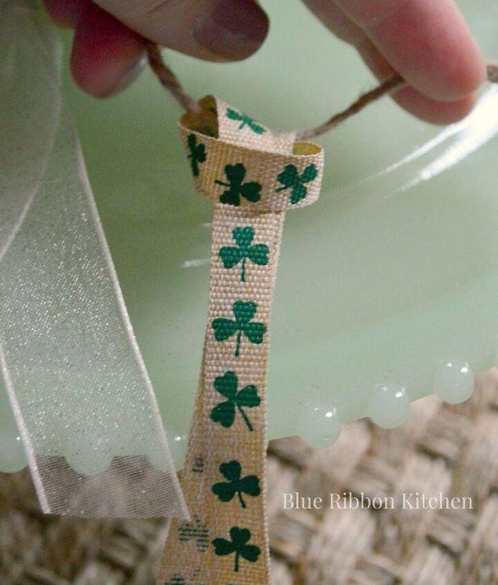 ribbon garland, crafts, seasonal holiday decor