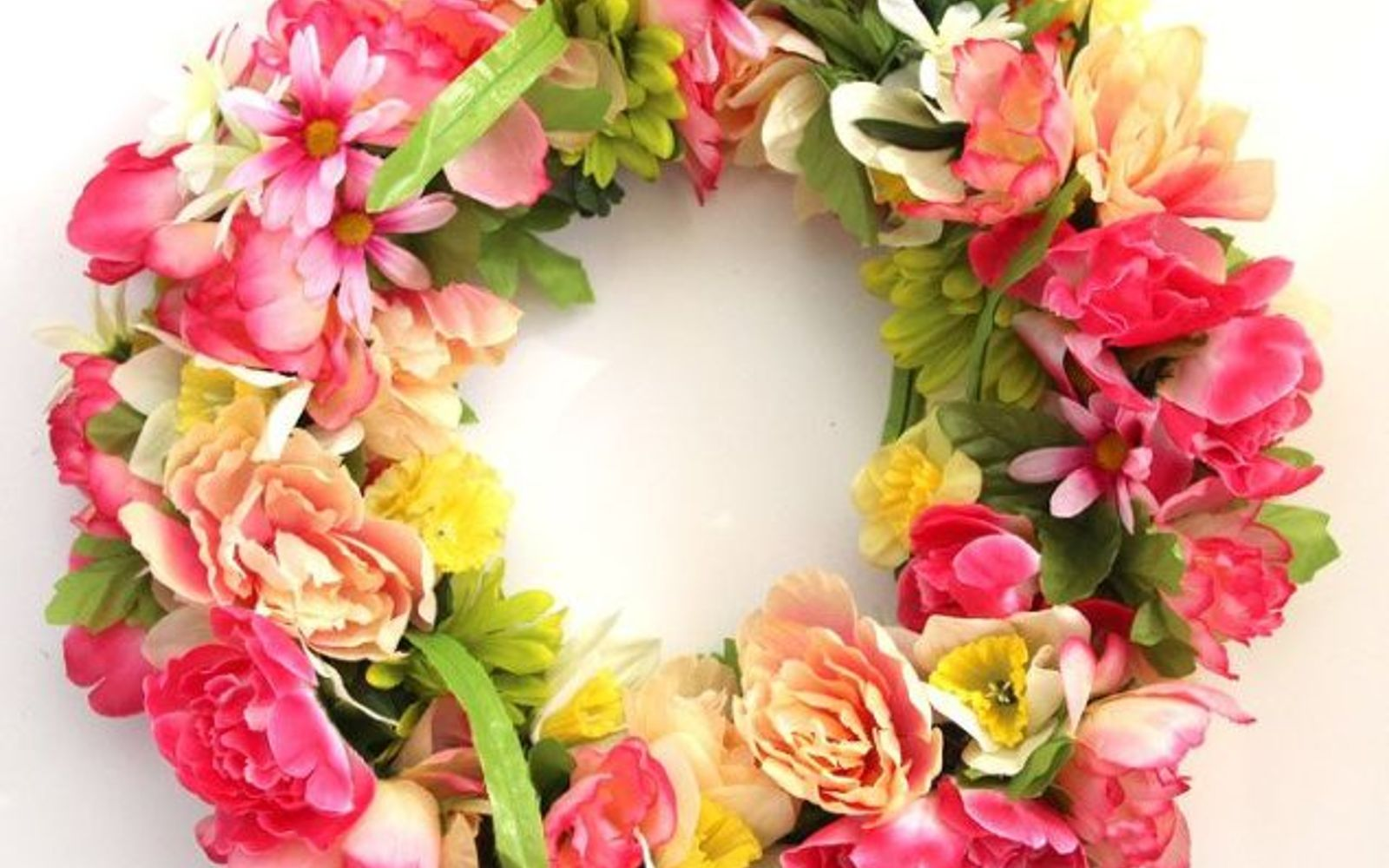 s 31 gorgeous spring wreaths that will make your neighbors smile, crafts, seasonal holiday decor, wreaths, Mix together Dollar Store flowers