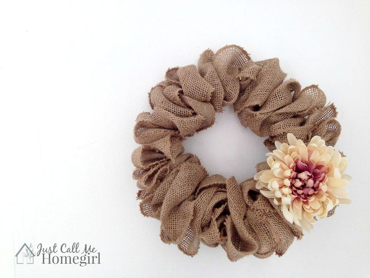 s 31 gorgeous spring wreaths that will make your neighbors smile, crafts, seasonal holiday decor, wreaths, Bunch together folds of burlap