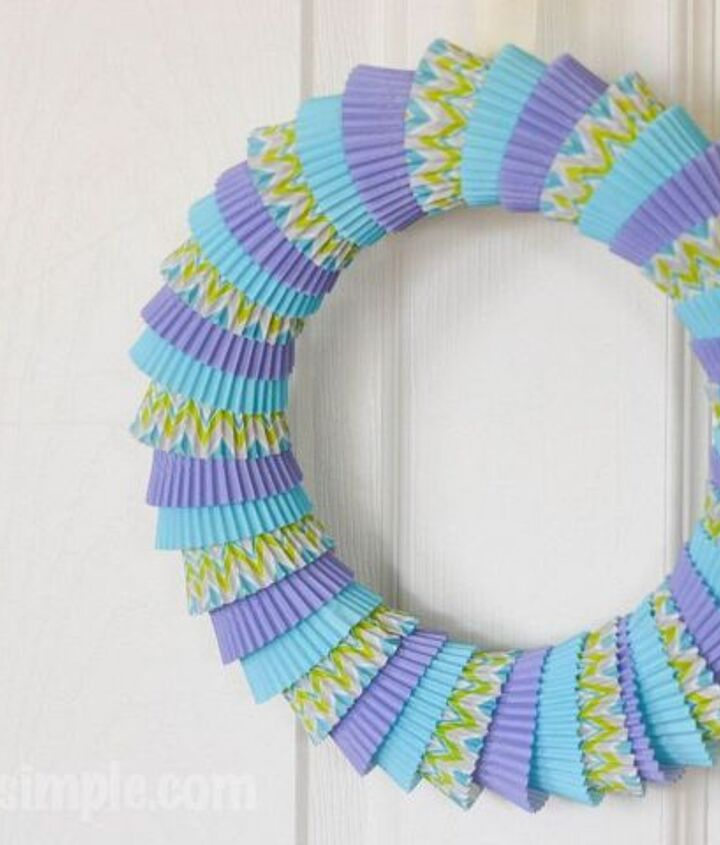 s 31 gorgeous spring wreaths that will make your neighbors smile, crafts, seasonal holiday decor, wreaths, Wrap cupcake liners around a wreath ring