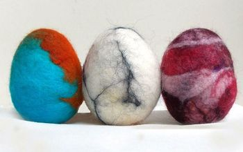How to Make Wet Felted Easter Eggs With Wool