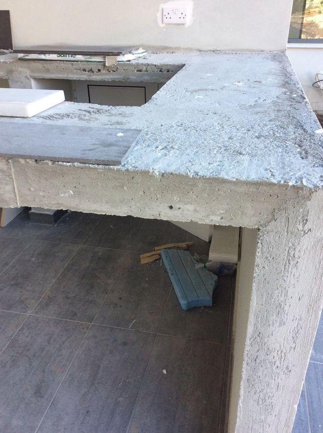 q making a concrete countertop, concrete masonry, countertops, Outdoor workspace