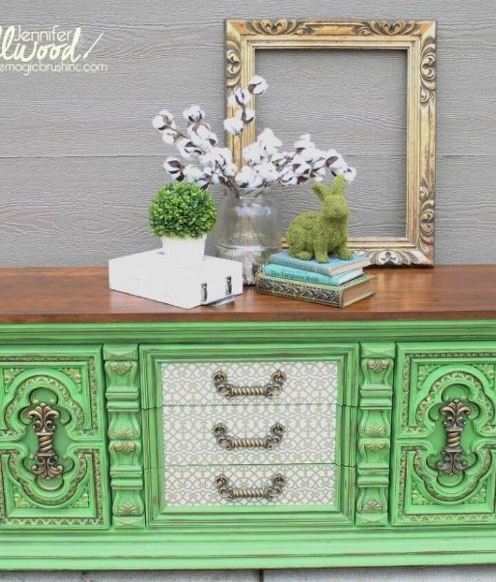 s 21 enchanting ideas for people who love green, home decor, paint colors, painted furniture, Paint a Big Bold Bright Dresser