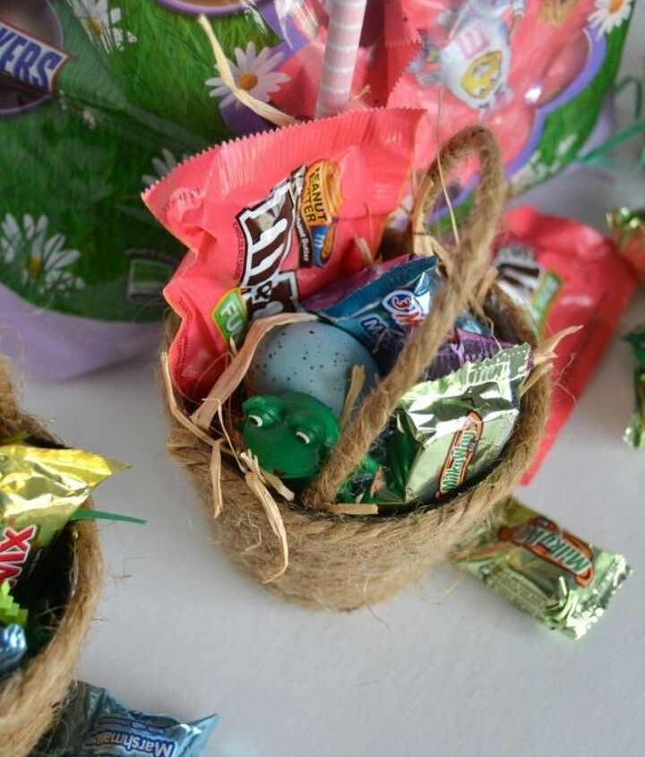 diy mini easter baskets, crafts, easter decorations, seasonal holiday decor