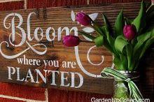 spring challenge stencil sign, crafts