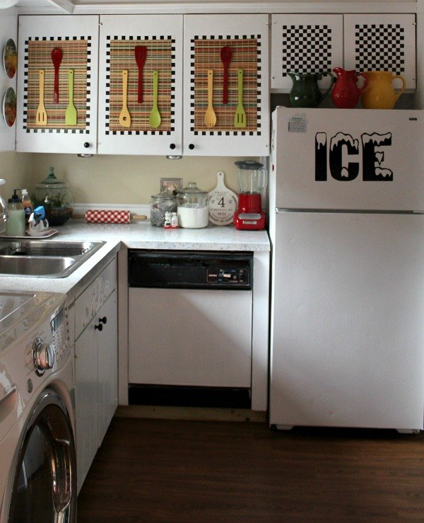 Kitchen Design Questions: #HelloSpring Rejuvenating A Generic Apartment Kitchen For