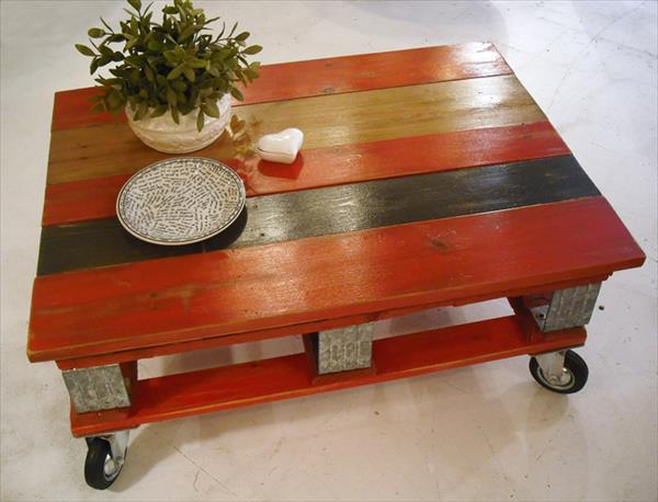 s 15 pallet coffee tables that look way too good to be diy, painted furniture, pallet, Stain slats different colors to make them pop