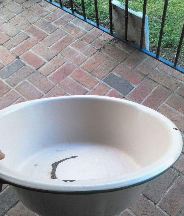 Antique Porcelain Wash Pan