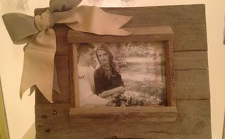 rustic picture frame with bow, crafts, pallet, Front of frame
