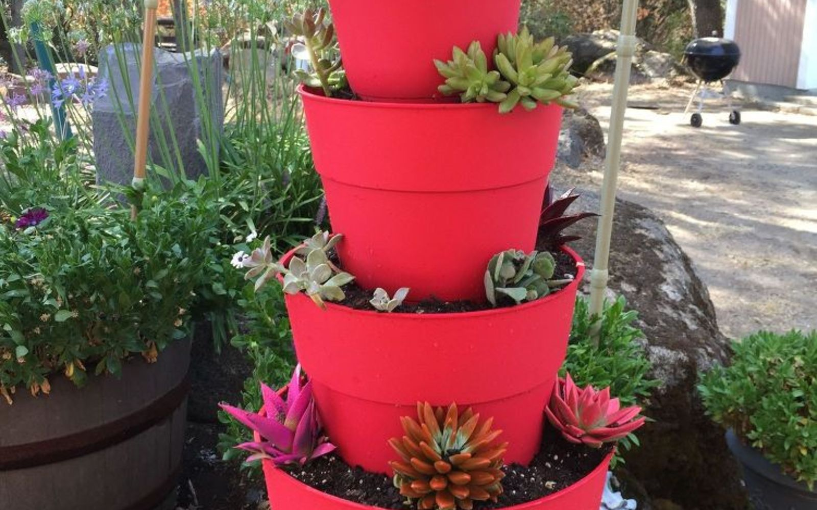 Make a tower of plants to maximize space