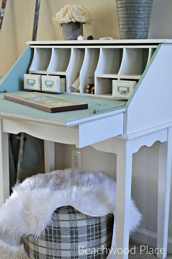 coastal style casual desk makeover, chalk paint, painted furniture