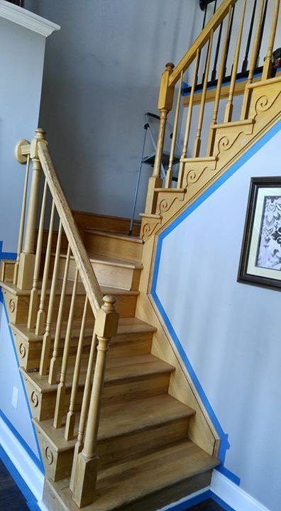 q putting a runner on staircase with turn platform, cosmetic changes, home improvement, stairs, Before