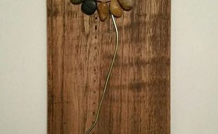 indoor flowers on pallet wood made of stones and such, crafts, pallet, wall decor