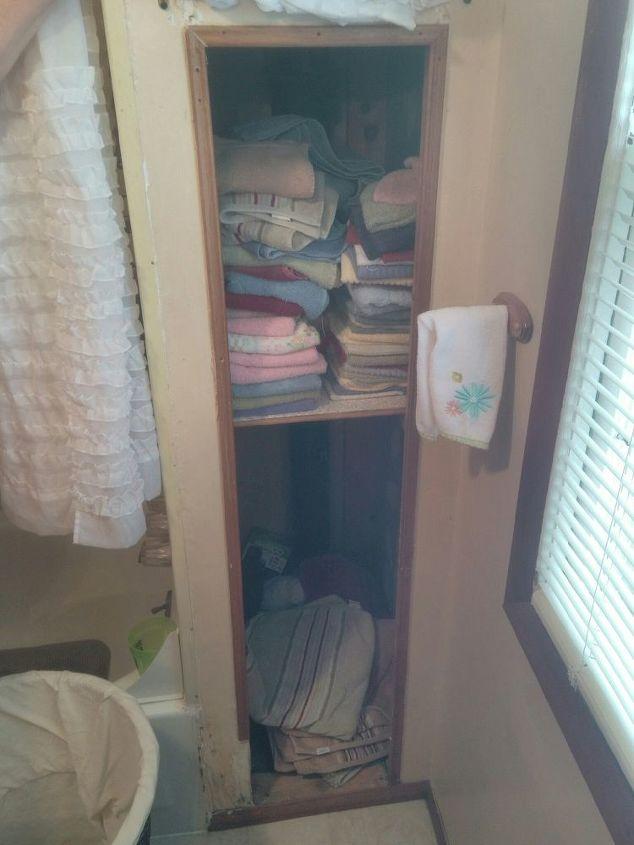 q linen clost dilema, closet, organizing