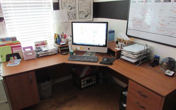 """Organizing the """"Desk of Disaster"""""""