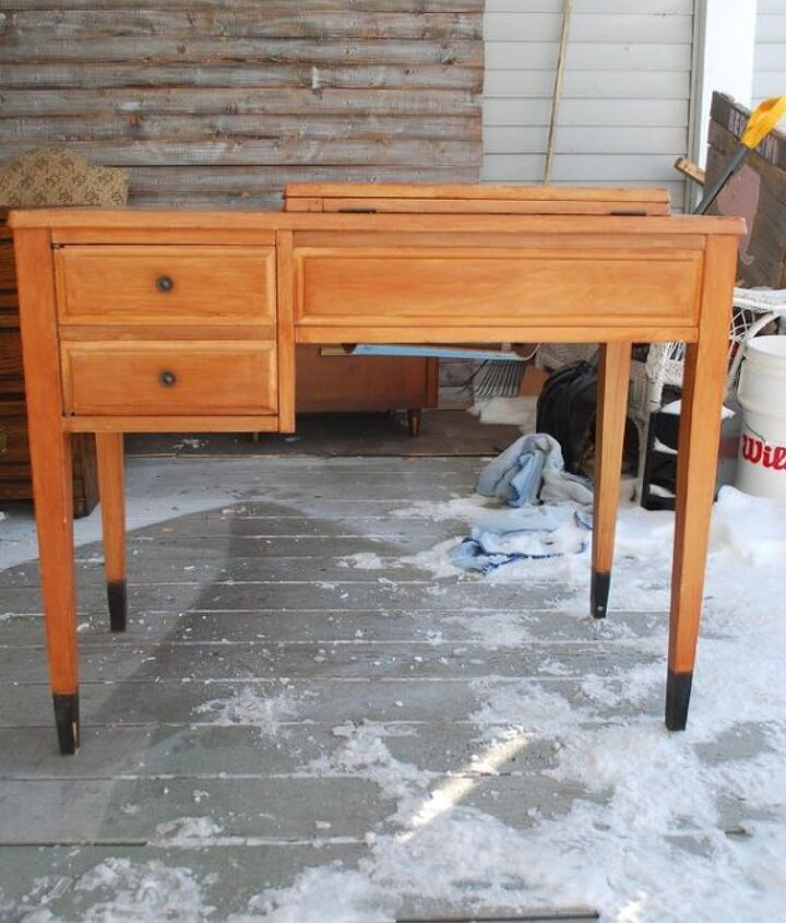 sewing machine table turned desk, painted furniture, repurposing upcycling