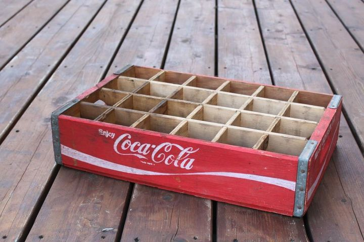 Diy nightstands made from old coke crates hometalk for Wooden soda crate ideas