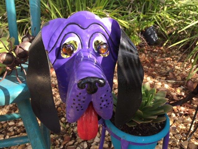 garden art doggie gets a new look, container gardening, gardening, painted furniture