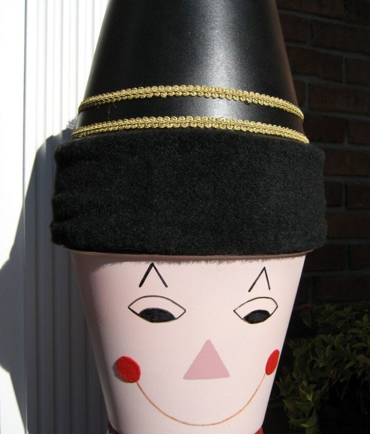 how to make a pot soldier, crafts, doors, seasonal holiday decor