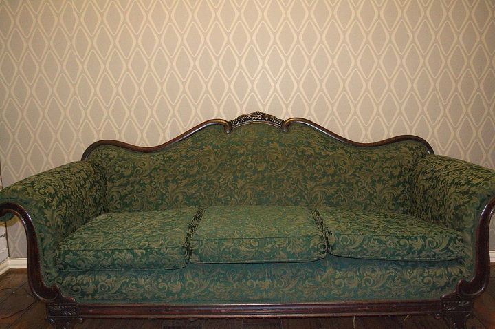s 13 times people painted uphostered furniture and it looked amazing, painted furniture, When her ornate vintage couch