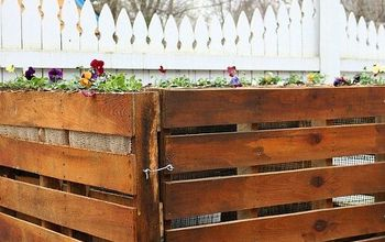 How to Build a Wooden Pallet Compost Bin in 6 Easy Steps