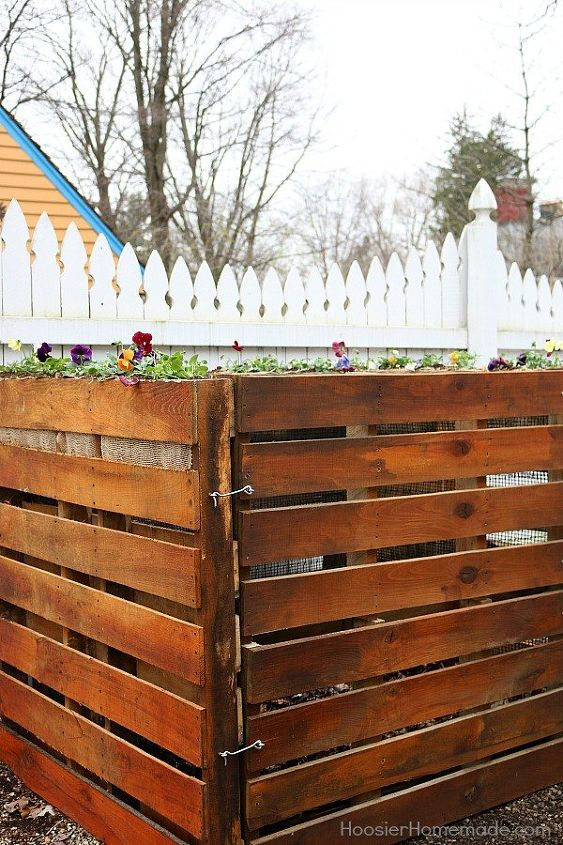 How to Build a Wooden Pallet Compost Bin in 6 Easy Steps | Hometalk