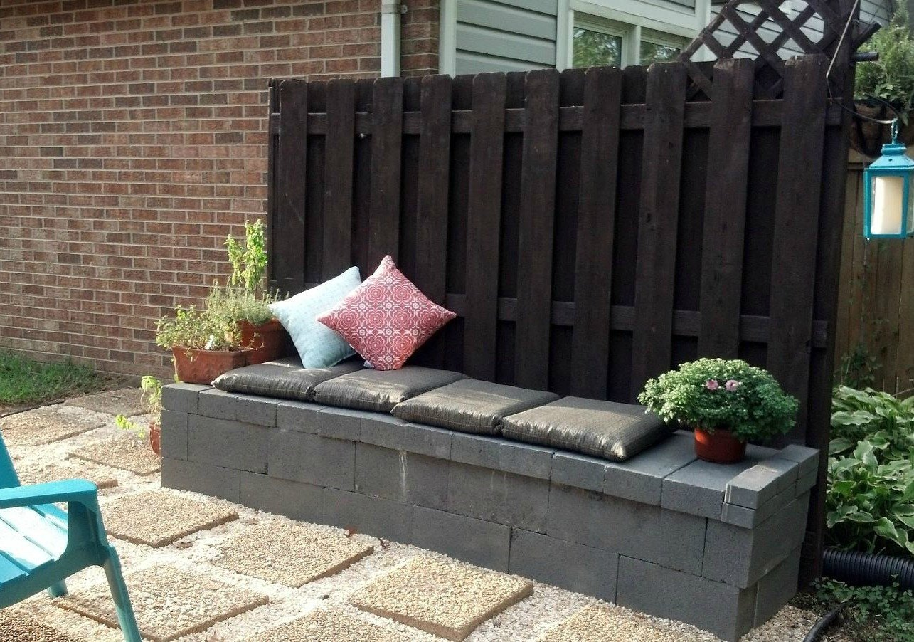 S 10 Genius Ways To Use Cinder Blocks In Your Garden on Log Lounge Chair Diy