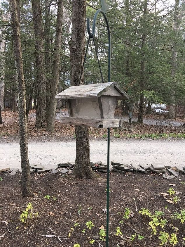 q birdhouse drab to fab , outdoor furniture, Currently drab and weather beaten birdhouse
