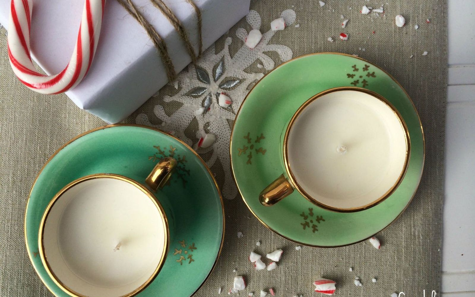 s don t ditch your broken teacups til you see what people do with them, repurposing upcycling, Fill teacups with homemade candles