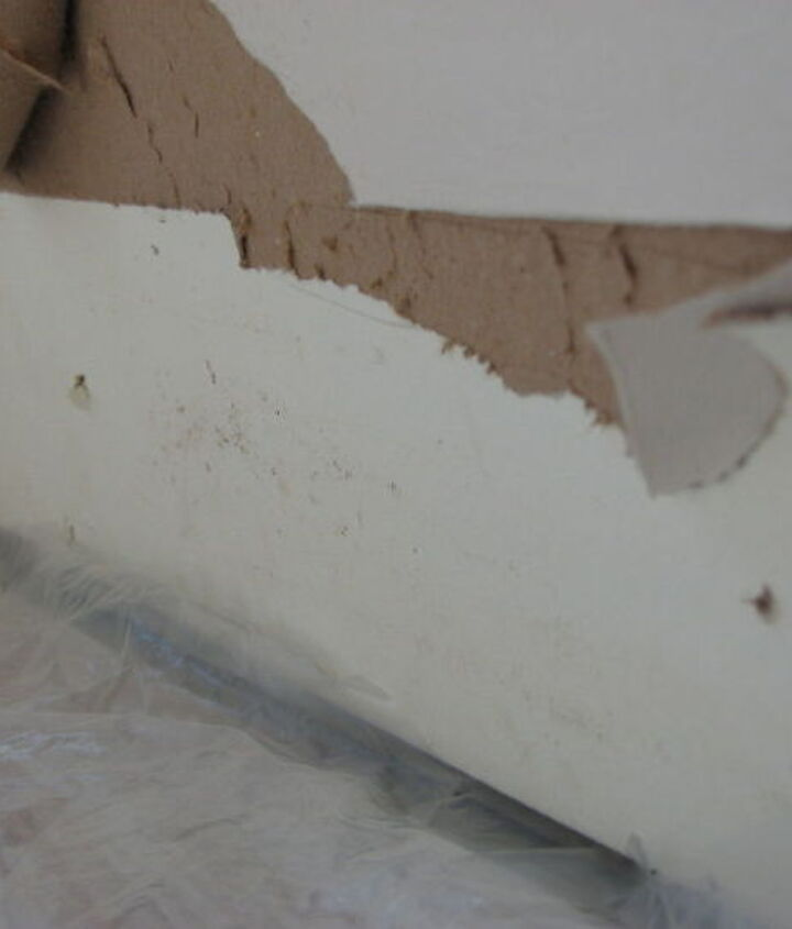 how to repair damaged drywall afteryour baseboards were removed , home maintenance repairs, how to