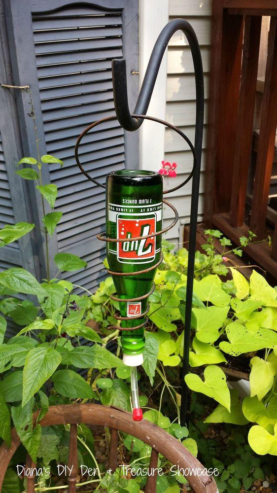 15 incredible Backyard Ideas Using Empty Wine Bottles ...