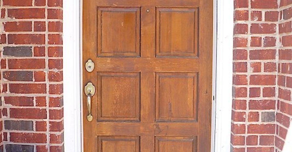 A Low Cost And Simple Way To Give Your Front Door A Fresh